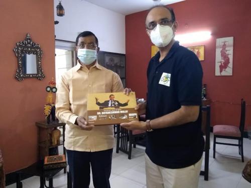 Dyaneshwar Mulay Meeting With Kishore Shah